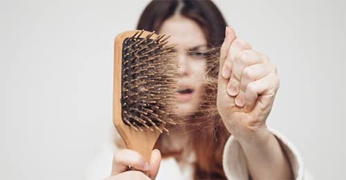 ما هو أفضل علاج لتساقط الشعر