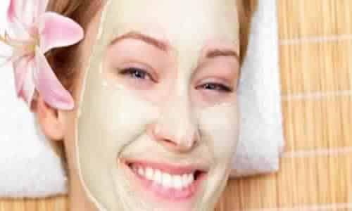 أقوى الطرق لتبييض الوجه بالنشا