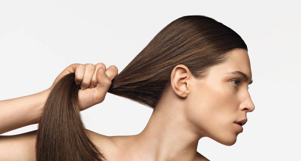 طريقة لمنع تساقط الشعر وتكثيفه