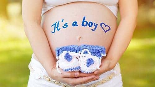 علامات الحمل بولد عن طريق الثدي وعلاقة بانتفاخ الثدي