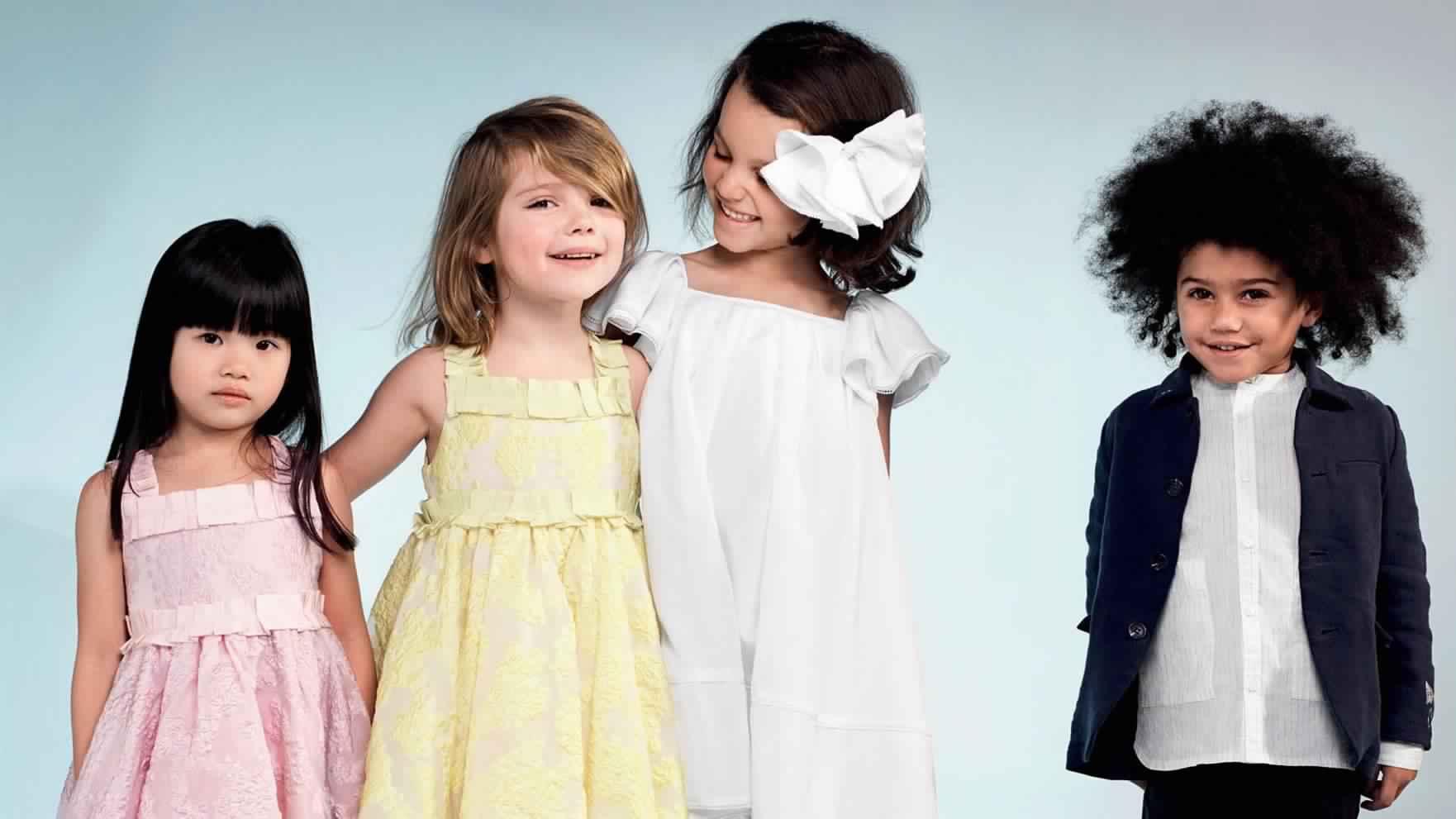 صور مميزة لأجدد موديلات ملابس العيد للاطفال روعة