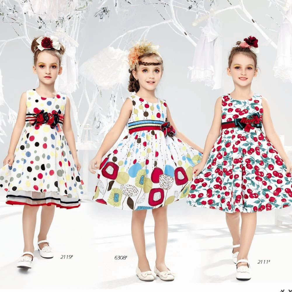 أزياء عيد الفطر المبارك للأطفال منوعة