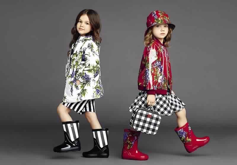 صور مميزة لأجدد موديلات ملابس العيد للاطفال منوعة