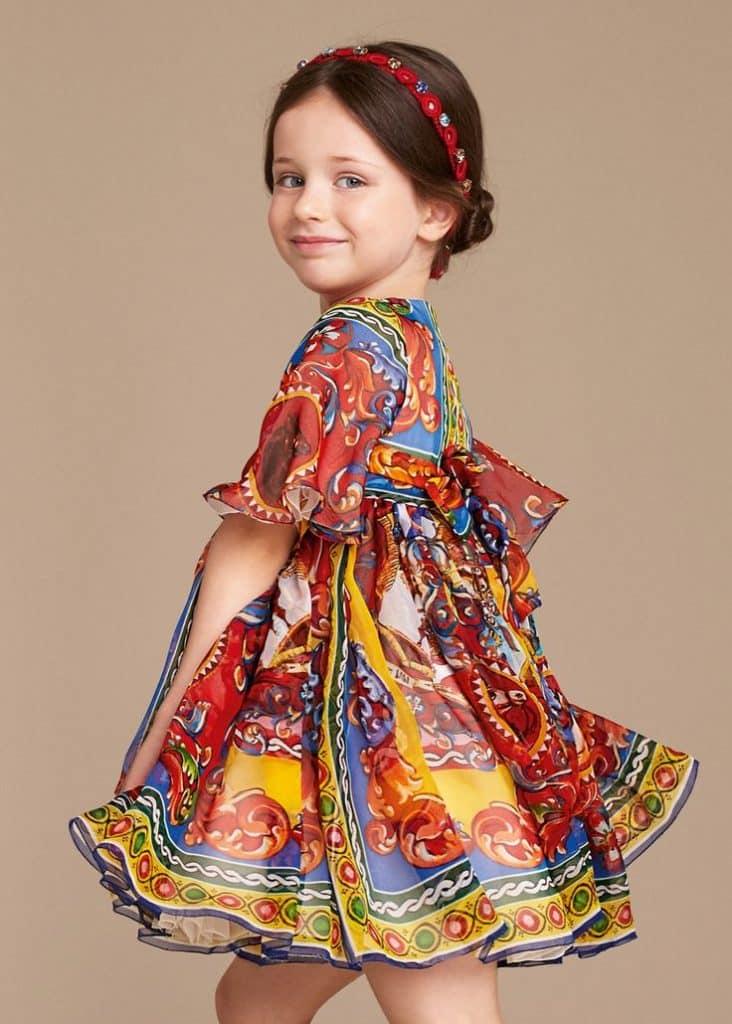 أحدث تصميمات ملابس الاطفال للعيد جامدة