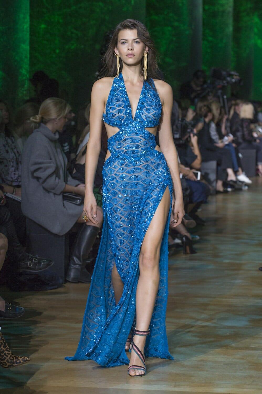 أحدث تصميمات الفساتين للمصمم ايلى صعب حلوة