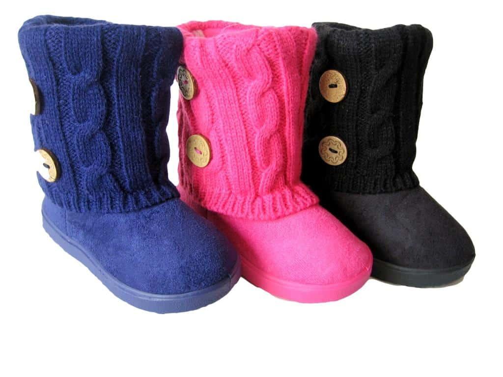 0e25e0db3 صور أحذية أطفال لفصل الشتاء 2019 جميلة