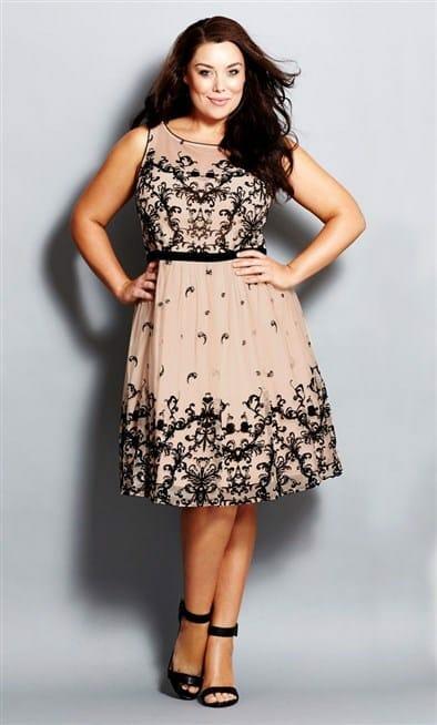 صور مميزة لفساتين التخان لإطلالة جذابة جامدة