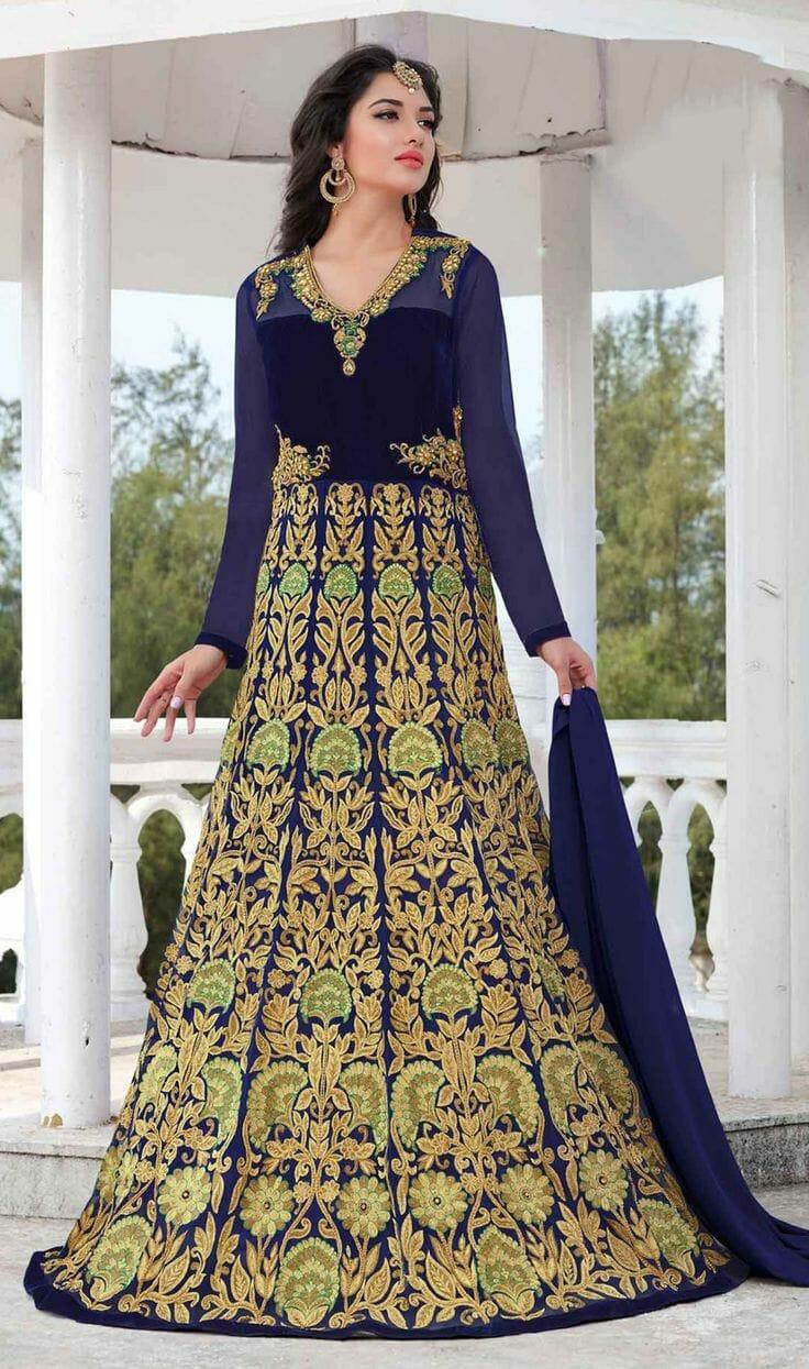 صور لأفضل الأزياء الهندية لأحدث إطلالة جديدة