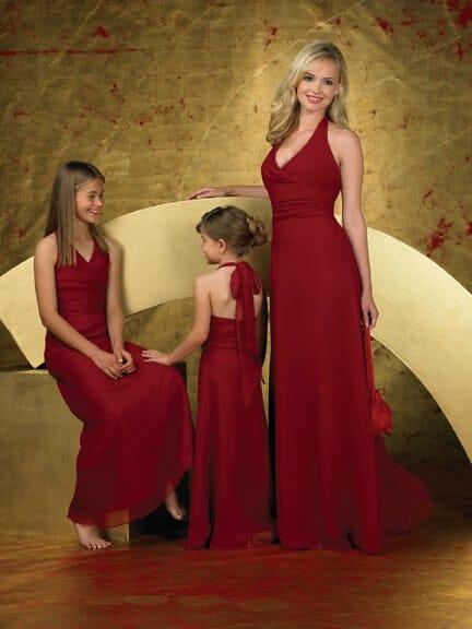 صور مميزة لأجمل فساتين الامهات مع أطفالها جميلة جدا