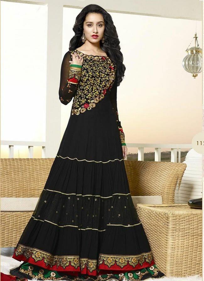 صور لأفضل الأزياء الهندية لأحدث إطلالة جميلة جدا