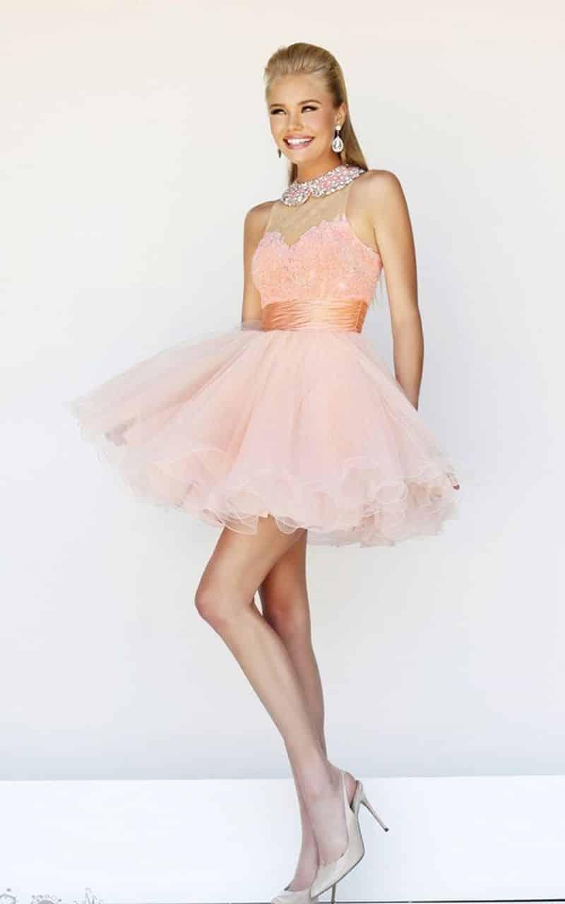 صور مميزة لأحث الموديلات من الفساتين المنفوشة للخطوبة جميلة
