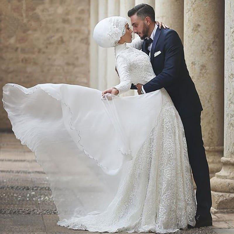 c2cf2e0d7bf18 ... صور أجمل فساتين زفاف للمحجبات 2019 رائعة
