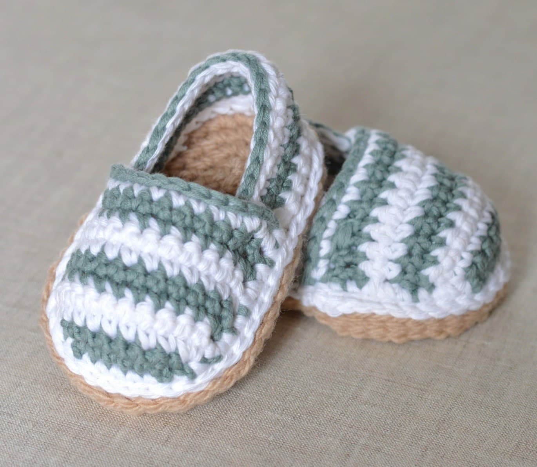 صور أفضل موديلات لأحذية الكورشية للاطفال جديدة