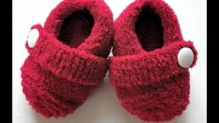 صور أحذية كروشية لفصل الشتاء 2019 متنوعة