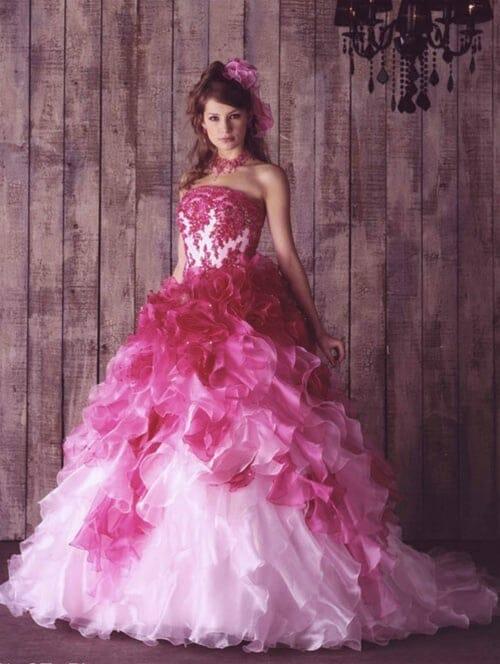 صور أحدث الموديلات لفساتين الخطوبة المنفوشة جديدة
