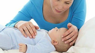 ارتفاع درجة الحرارة عند الأطفال حديثي الولادة