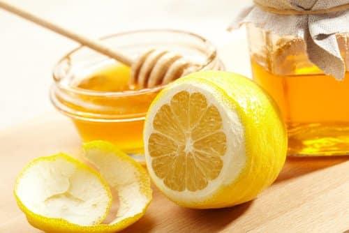 خلطة العسل والليمون للوجه تجربتي